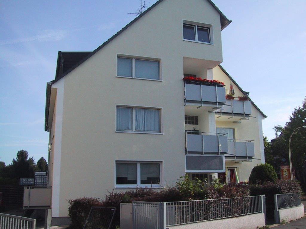 Mehrfamilienhaus abgedichtete Balkone