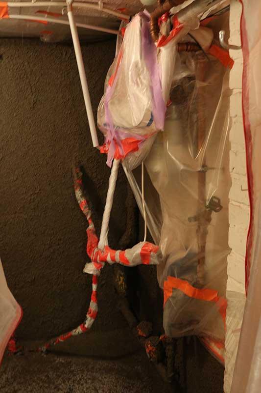 Saubere Innensanierung durch abkleben von Rohren