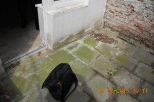 Souterrainwohnung Terrasse vor Sanierung