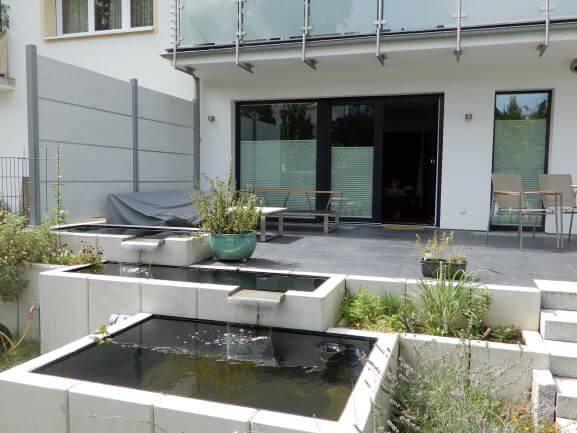 Souterrainwohnung mit Terrasse
